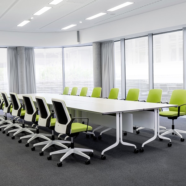 Table réunion plateau rabattable Nesty d'Interstuhl